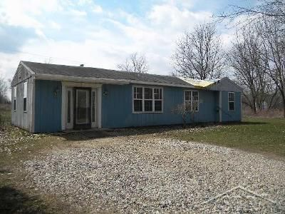 2 Bed 1 Bath Foreclosure Property in Owosso, MI 48867 - W Dewey Rd