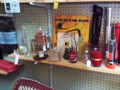 Vintage and Antique Collectibles (Eatonton)