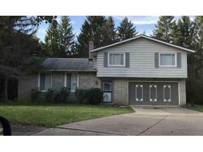 3 Bed 1.5 Bath Foreclosure Property in Solon, OH 44139 - North Oval
