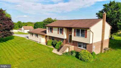 426 Ridge Rd GRANTVILLE Four BR, Country living on 2 acres yet