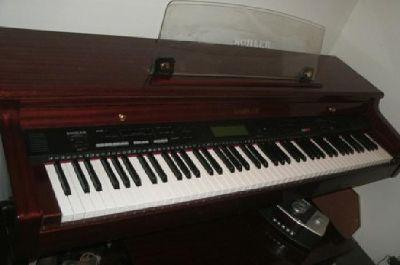 $2,500 Kohler Digital KD 30 Piano for sale