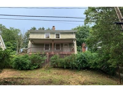 3 Bed 1 Bath Foreclosure Property in Seymour, CT 06483 - Humphrey St