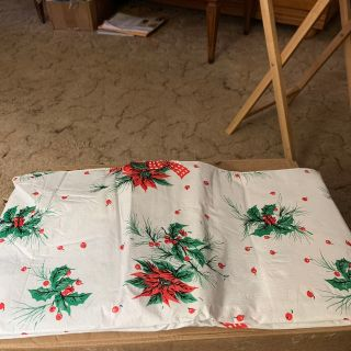 Waterproof Christmas table cloth