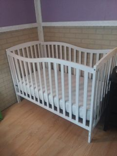 Dream on me inc. crib / toddler bed mattress included