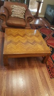 SOLID OAK WOOD INLAID PATTERN COFFEE TABLE.