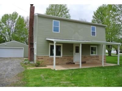 5 Bed 2.1 Bath Foreclosure Property in Lagrange, OH 44050 - Church St