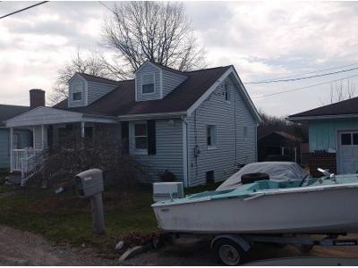 3 Bed 1 Bath Preforeclosure Property in Harwick, PA 15049 - Maple St