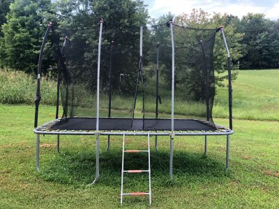 Trampoline must bring tools and pick up in Lenoir City