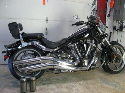 2008 Yamaha raider xv1900 BEST OFFER BEST OFFER