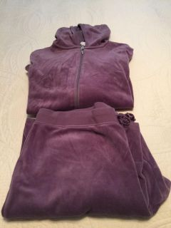 Real Comfort Pant set from Chadwick s Size XL. Pick up in Hernando