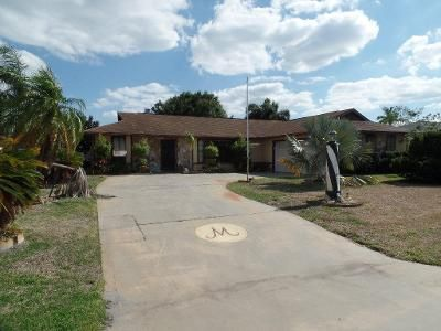 3 Bed 2 Bath Foreclosure Property in Jensen Beach, FL 34957 - NE Vanda Terrado