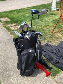 Men s Dunlop Golf Set with bag