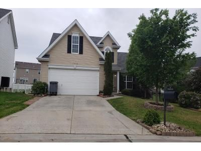 3 Bed 2.5 Bath Preforeclosure Property in Lake Saint Louis, MO 63367 - Briarchase Dr