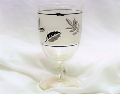 Vintage Libby Silver Foliage Leaf Water Goblets Wine glasses Frosted Set of 4 Mid Century Stemwa...