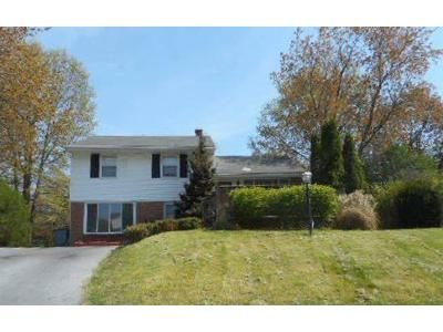 3 Bed 1 Bath Foreclosure Property in Harrisburg, PA 17112 - Judy Ln