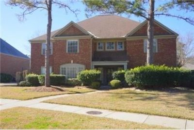 League City, 5 bed, 3.50 bath for rent. Washer/Dryer Hookups!