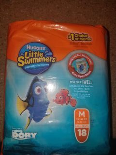 Little swimmers size M