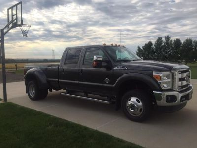 2016 Ford F-350 Crew Dually 4x4 1 owner