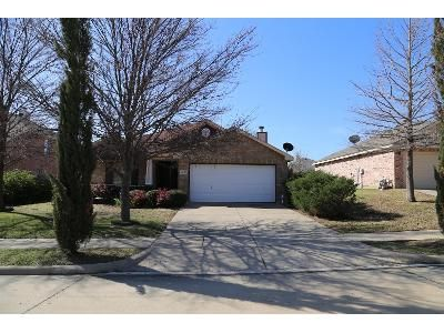 3 Bed 2 Bath Preforeclosure Property in Denton, TX 76207 - Eufemia Dr