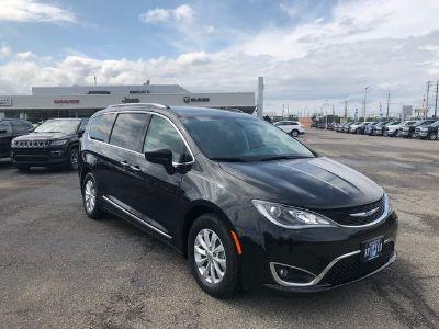 2018 Chrysler Pacifica ()