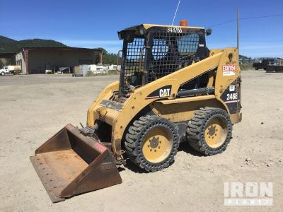 Cat 246B Skid-Steer Loader