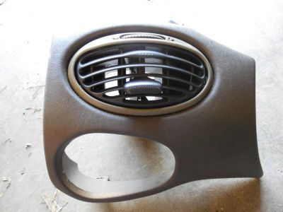 Buy 2003 FORD FOCUS IN DASH VENT REGISTER motorcycle in Maryville, Tennessee, US, for US $13.99