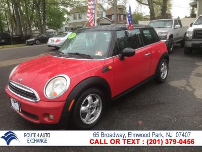 2009 MINI Cooper Base (Chili Red)