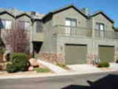 Beautiful Townhouse For Rent