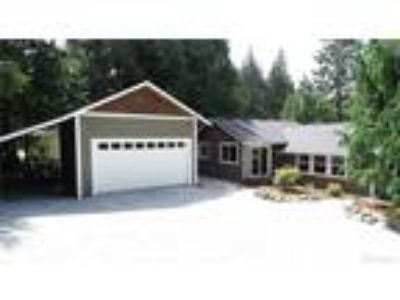 Stanwood Real Estate Home for Sale. $399,950 3bd/1.75 BA. - Diane Donnelson of