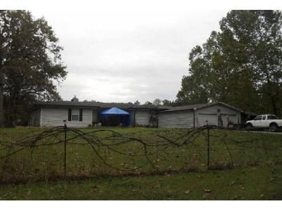 3 Bed 2.5 Bath Foreclosure Property in Jasper, MO 64755 - County Lane 215