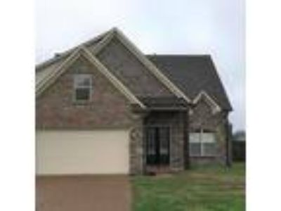 16 Miranda Cove Atoka, TN 38004 - 4/3 2242 sqft