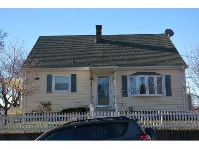 3 Bed 1 Bath Foreclosure Property in Central Falls, RI 02863 - Belmont St