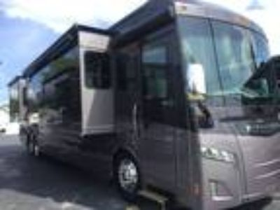 2019 Winnebago Horizon 42Q