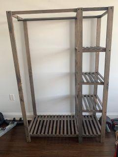 Freestanding wardrobe / closet organizer