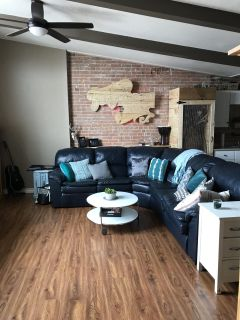 Leather sectional pull out couch