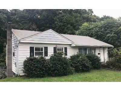3 Bed 1 Bath Foreclosure Property in Highland, NY 12528 - Woodside Pl