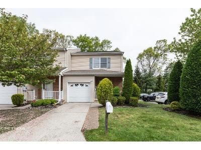 3 Bed 3 Bath Foreclosure Property in Spotswood, NJ 08884 - Goldsmith Dr