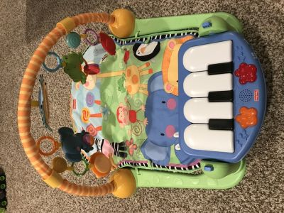 Fisher price baby play mat with piano