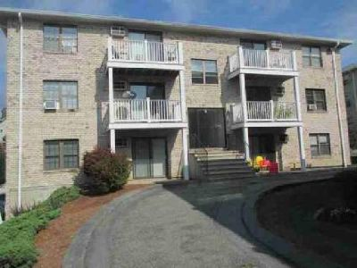 22 Kenmar Dr #199 Billerica, First floor, Two BR condo
