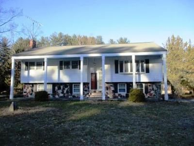 4 Bed 2.5 Bath Foreclosure Property in Townsend, MA 01469 - Main St