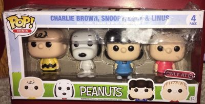 Charlie Brown Snoopy Lucy Linus POP FUNKO FIGURES IN BOX 12$