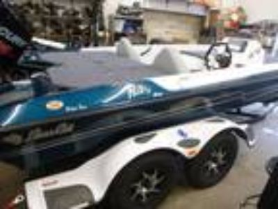 2018 Bass Cat Boats Pantera Classic