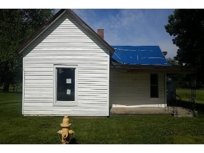 3 Bed 1 Bath Foreclosure Property in Claypool, IN 46510 - S Clay St