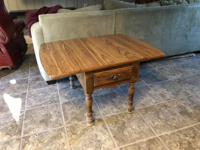 End table with extensions