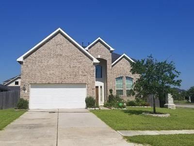 4 Bed 3.5 Bath Preforeclosure Property in Pearland, TX 77581 - Rolling Hills Dr