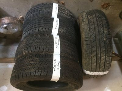 Tires size shown in pictures