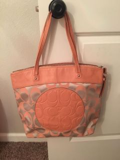Coach purse from outlet