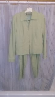 Ladies Sage Capri Suit Size 12