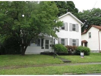 3 Bed 1 Bath Foreclosure Property in Auburn, NY 13021 - Holley St