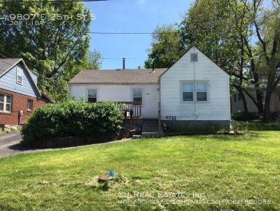 Single-family home Rental - 9807 E 25th St S